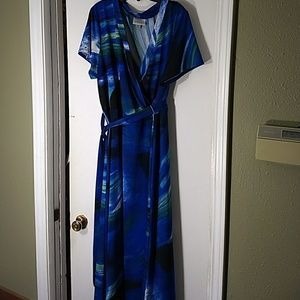 Avenue Maxi Dress 22/24